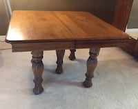 Antique dining table + 5 leaves
