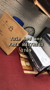 Twin bed FREE MATTRESS