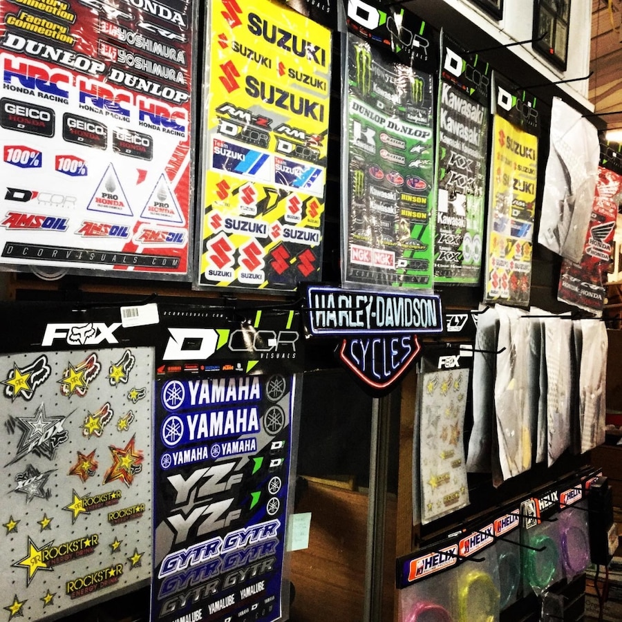 Photo Graphic & Sticker Kits for DirtBikes and Pitbikes