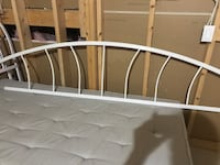 Daybed with side frames, two twin mattress Brampton, L6R 0P5