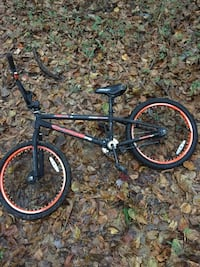 black and red BMX bike Burlington, 27217