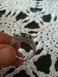 Size 10, too big. Sliver ring Pueblo, 81005