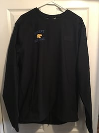 New Men's large Under Armour pull over. Muscatine, 52761