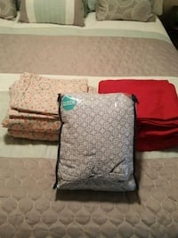 3 sets of Queen sheets for $10 Marrero, 70072
