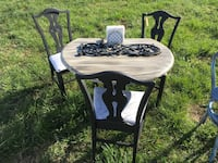 Round Drop Leaf Vintage Table with three chairs...newly restored Forest, 24551