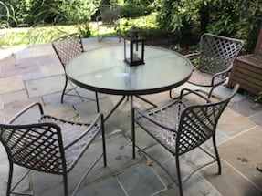 Brown Jordan table with 6 chairs