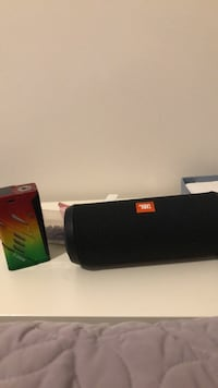 black JBL portable speaker with box 3691 km
