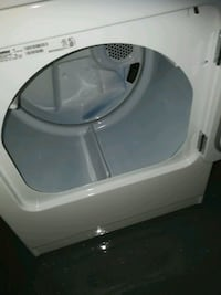 white front-load clothes washer L'Île-Perrot, J7V 5Z5