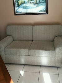 Loveseat very clean and firm seats and cushions Las Vegas, 89118
