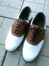 Golf shoes size 9w Toronto, M3A 2R8