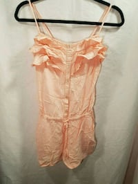 Size small Coral romper Vancouver, V5R 1K6