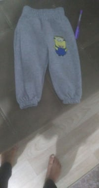heather gray minion pantolon baskısı