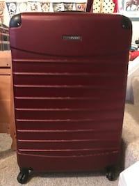 """Suitcase - hard shell - 25"""" x 18"""" - great condition Sykesville, 21784"""