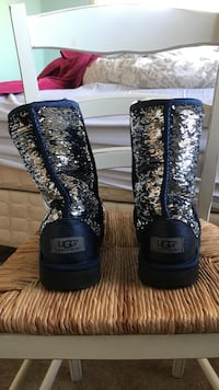 pair of black-and-gray UGG boots