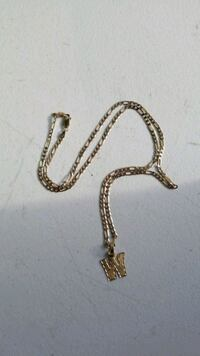 gold chain link necklace with pendant Oakland, 94612