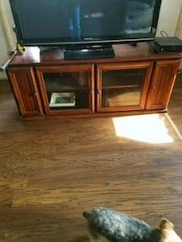 Entertainment center 3 pieces lights on both sides Boonsboro, 21713