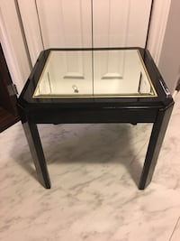 Black Mirrored End Tables Châteauguay, J6K 2M4