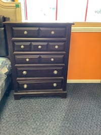 Pre-Owned 5 Drawer Solid Wood Chest W/ Silver Door Knobs  Virginia Beach, 23462