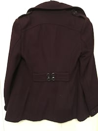 women's brown long-sleeved shirt null
