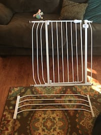 Baby gate pet gate with extender Frederick, 21702