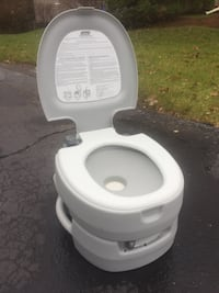 Flushable Portable Toilet for boat or RV