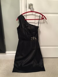 Size 6 Black Satin Max and Cleo formal one shoulder dress Calgary, T2E 0H4