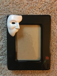 Rare 1988 Phantom Of The Opera Picture And Frame By Clay Art, 3x5 Eagle, 83616