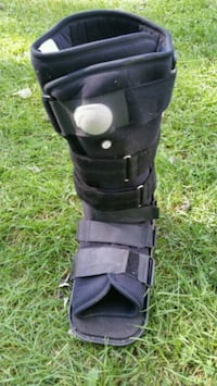 Medical walking boot McHenry, 60051