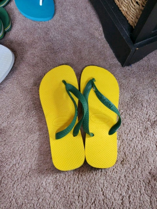 e07b57eed Used Havaiana flip flops brand new for sale in Danbury - letgo