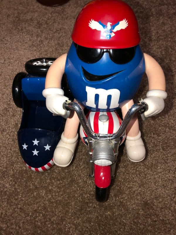 M&M Motorcyle and Roller Coaster dispenser (collectibles) 5271311f-d654-4dd7-ade7-0ff298d4a738
