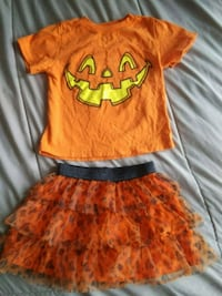 2T halloween outfit  Redding