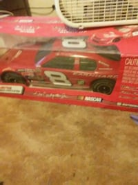 red and white Dale Earnhardt Jr. stock car die-cast box Republic, 65738