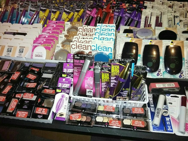 Used Thousands of pieces of name brand makeup Hygine... for sale in Commerce City