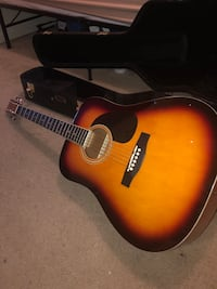 Acoustic Guitar with Hard case