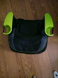 black and green no back booster seat Capitol Heights, 20743
