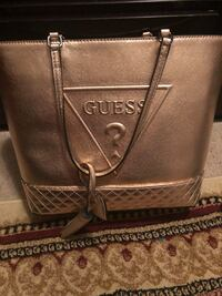 GOLD GUESS BAG- barely used  Triangle, 22172