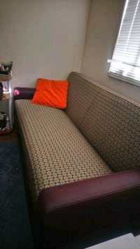 Hotel Quality sofa with queen bed pull out  Washington, 20011