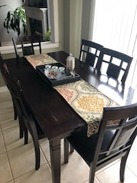 Kitchen Table Mississauga, L5R 4G6
