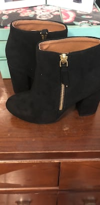 pair of black suede booties Los Angeles, 90063