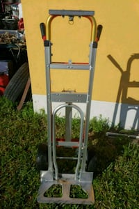 Hand truck/ hand pully