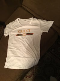 New white Gucci T-shirt size S (2 pictures) Ottawa, K1T 0K4