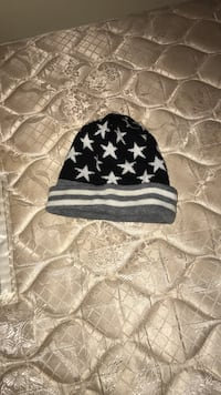 black, white, and gray stars knit cap Ashburn, 20148