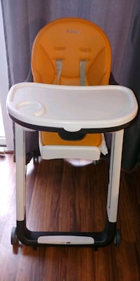 Peg Perego Siesta High Chair.  Gaithersburg, 20877