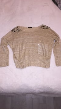 Beige sparkle sweater with spike shoulders (medium) Toronto, M1P 5C4