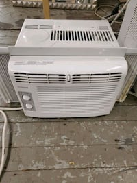 5k Btu air-conditioner FRIGIDAIRE