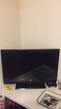 black HAIER flat screen TV Ottawa, K1C 3G1
