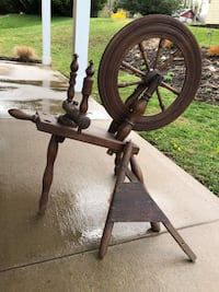 Antique Spinning Wheel Aberdeen, 21001