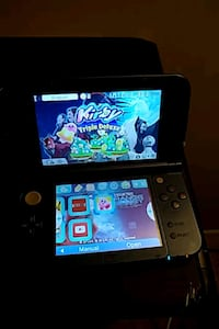 black Nintendo 3DS with game case Germantown, 20874