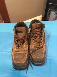 Pair of brown leather work boots 1075 mi