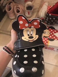 Minnie mouse bot